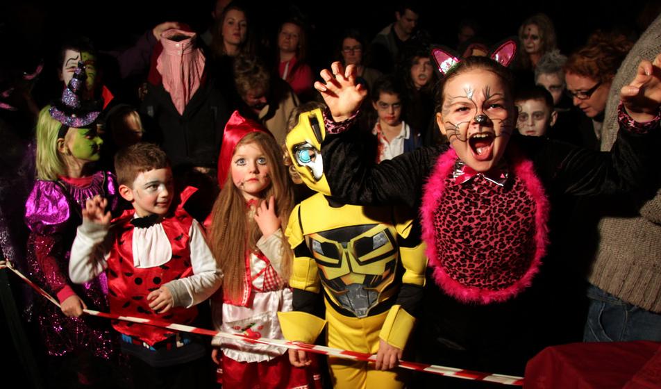 HOA Safety Tips For Your Neighborhood on Halloween